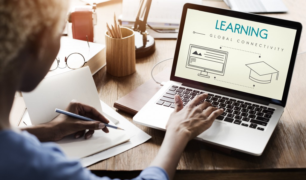 Online Learning – Research Shows Everyone Is Doing It (Almost)